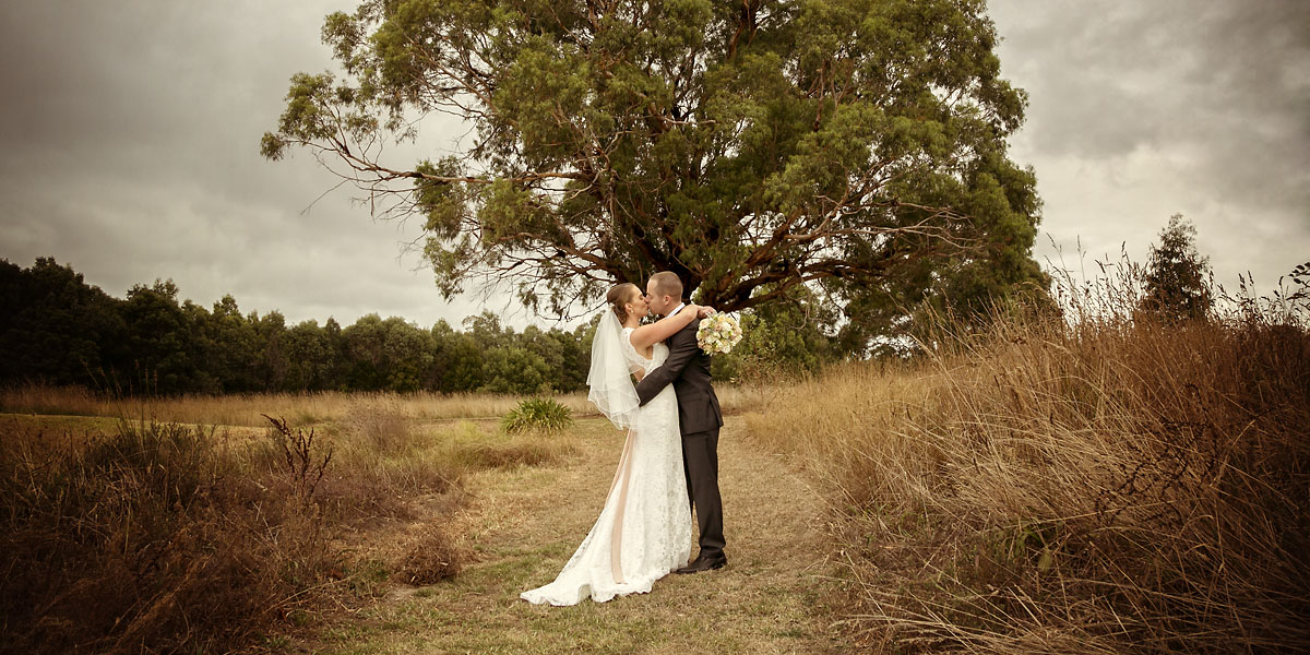 Kylie and Steve's wedding at Summerfields Estate on the Mornington Peninsula